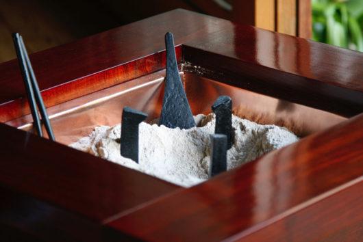 ケヤキの囲炉裏風火鉢