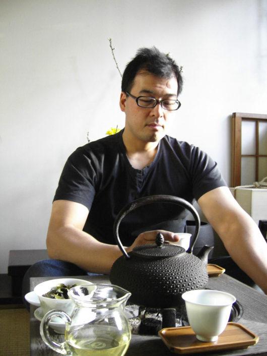 桐火鉢と鉄瓶とワタシ
