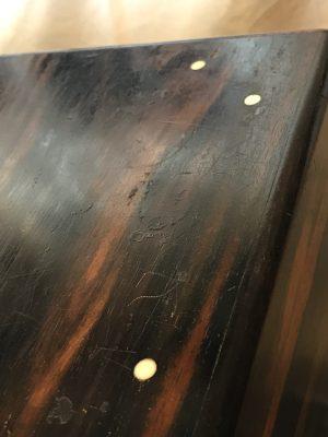 黒柿の江戸長火鉢 象牙の釘が実にめずらしい。