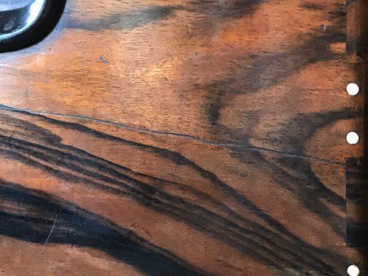 黒柿の関東火鉢 象牙の釘