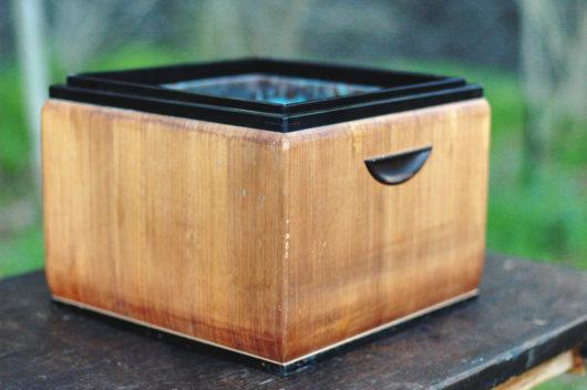 骨董桐の火鉢