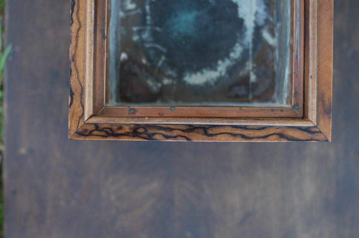 孔雀杢のある火鉢