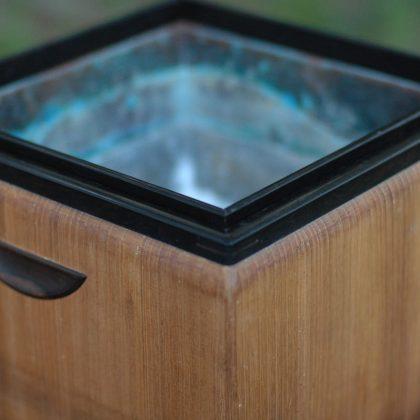 桐と黒檀の煎茶道で使われる火鉢