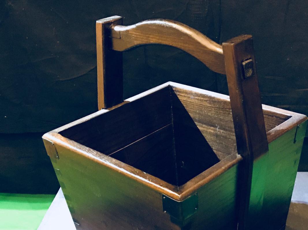 炭取り木箱