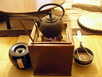 お客様の欅の手あぶり火鉢