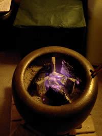 お客様の火鉢と三寸の五徳