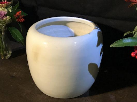 元旦火鉢 白い火鉢
