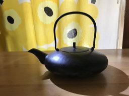 鉄瓶と火鉢