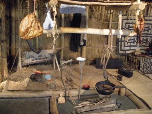 戦国時代とかの家庭の囲炉裏