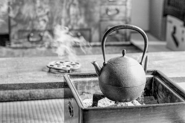 火鉢のシーンサムネイル