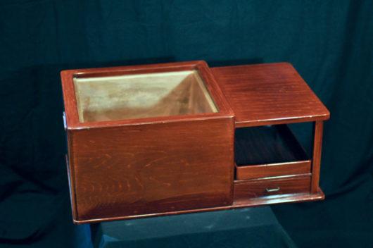 昭和の初期に作られた火鉢