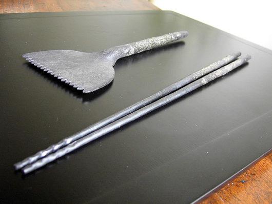 真鍮くるみ火箸と灰ならしのセット
