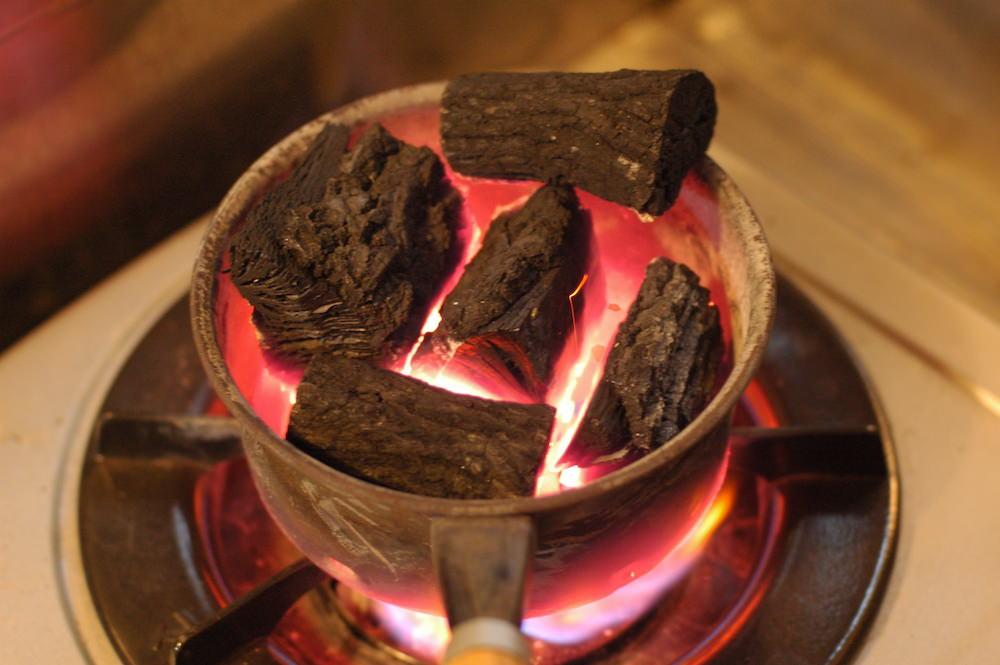 火おこし器で炭着火